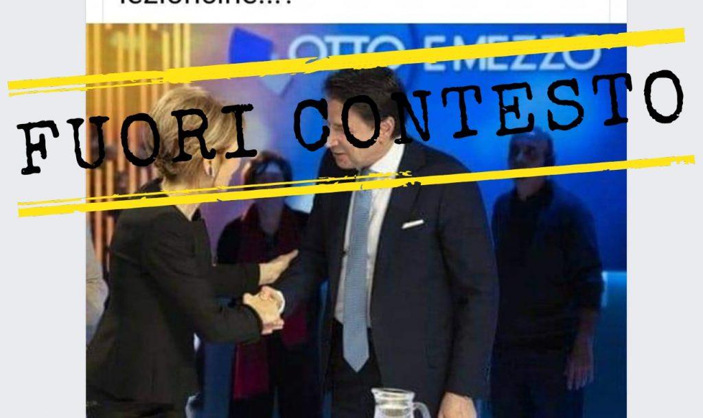 La stretta di mano tra Conte e Gruber senza mascherina è precedente alla pandemia